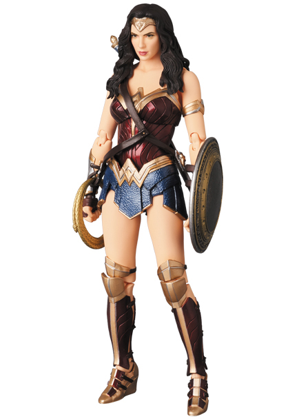 MAFEX-Justice-League-Wonder-Woman-003