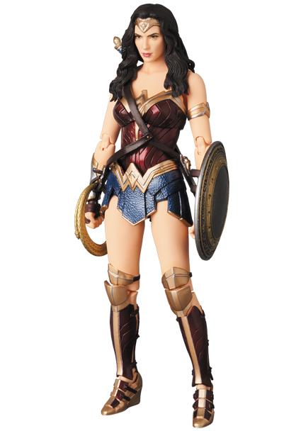 MAFEX-Justice-League-Wonder-Woman-003