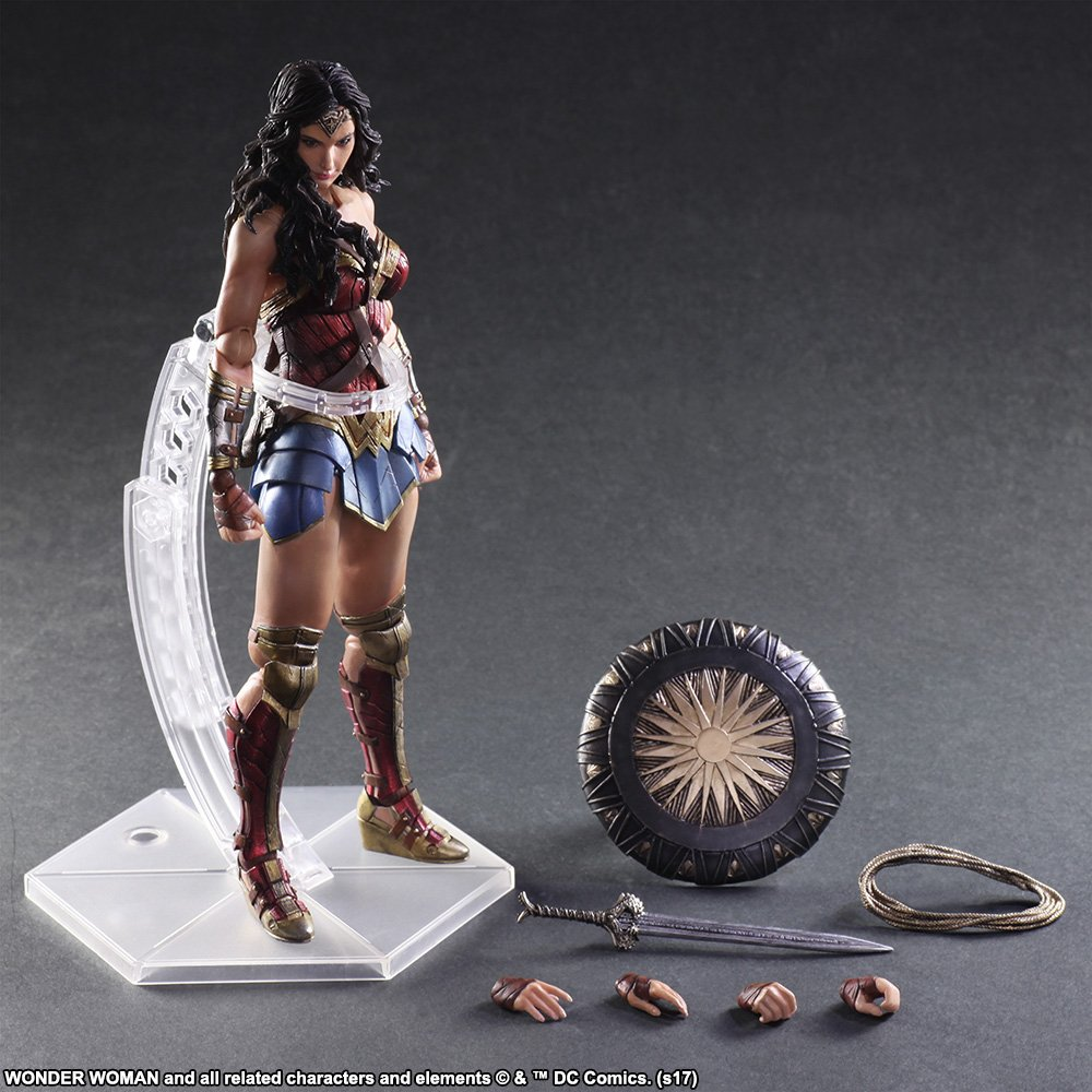 Wonder-Woman-Play-Arts-Kai-008