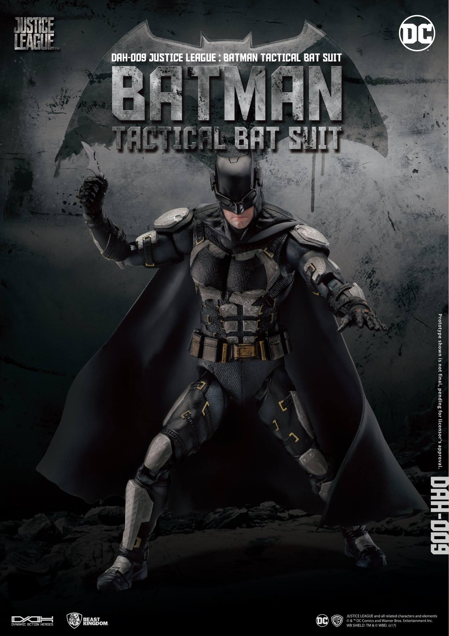 DAH-Justice-League-Tactical-Suit-Batman-001