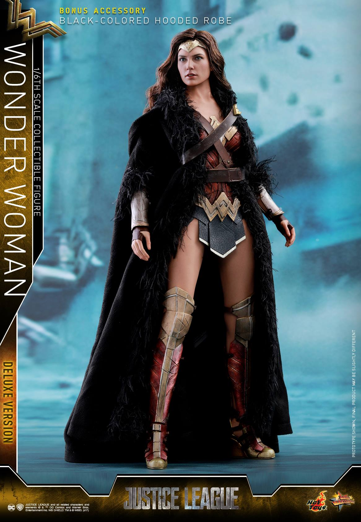 Hot-Toys-JL-Wonder-Woman-Deluxe-001