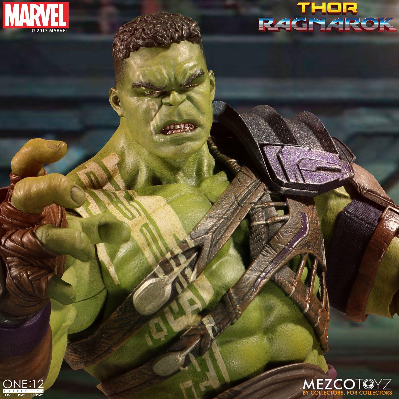 Mezco-Gladiator-Hulk-005