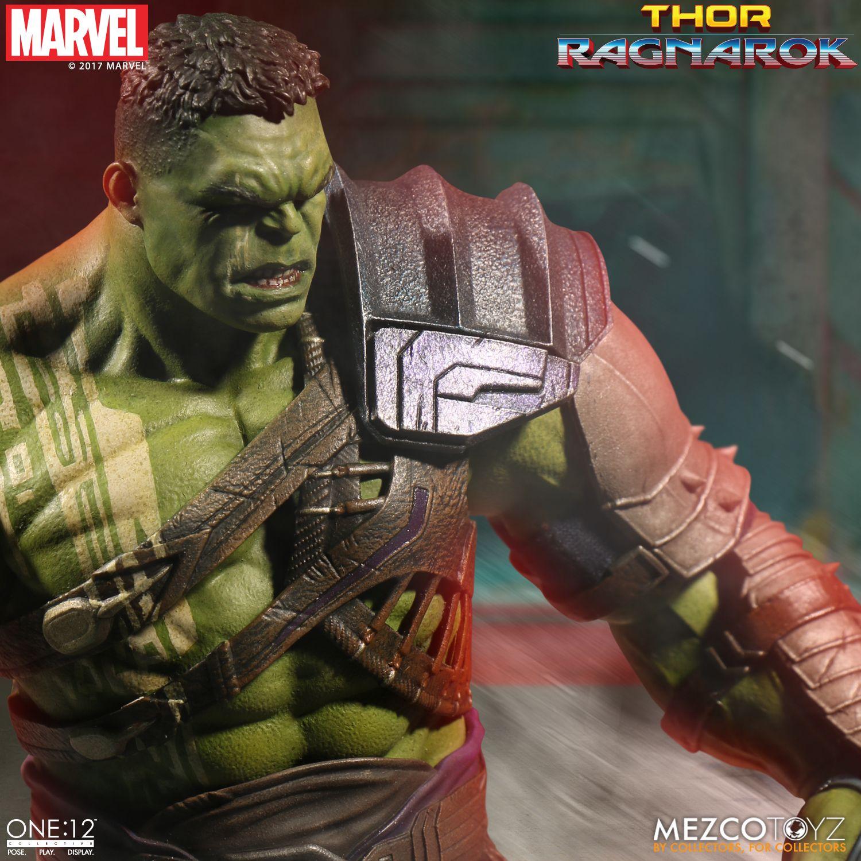 Mezco-Gladiator-Hulk-008