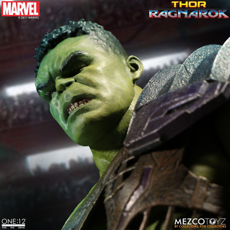Mezco-Gladiator-Hulk-010