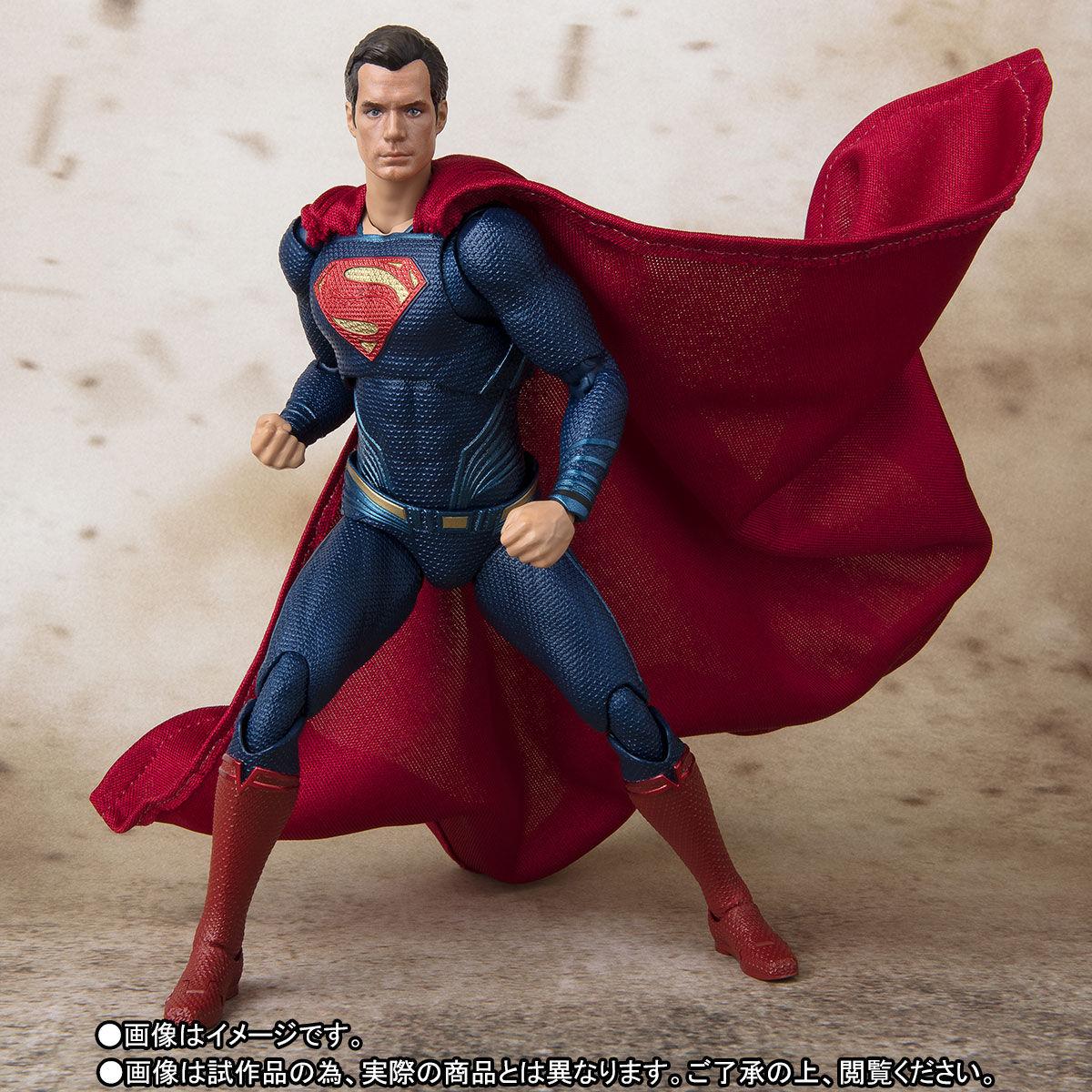 SH-Figuarts-JL-Superman-001