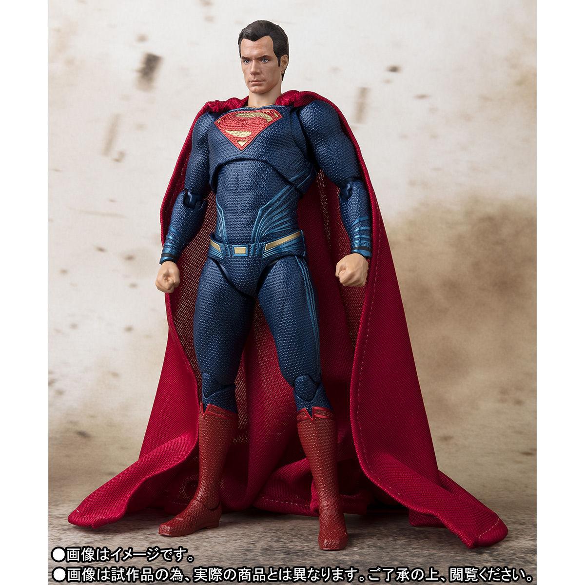 SH-Figuarts-JL-Superman-004