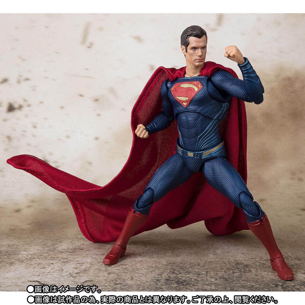 SH-Figuarts-JL-Superman-006