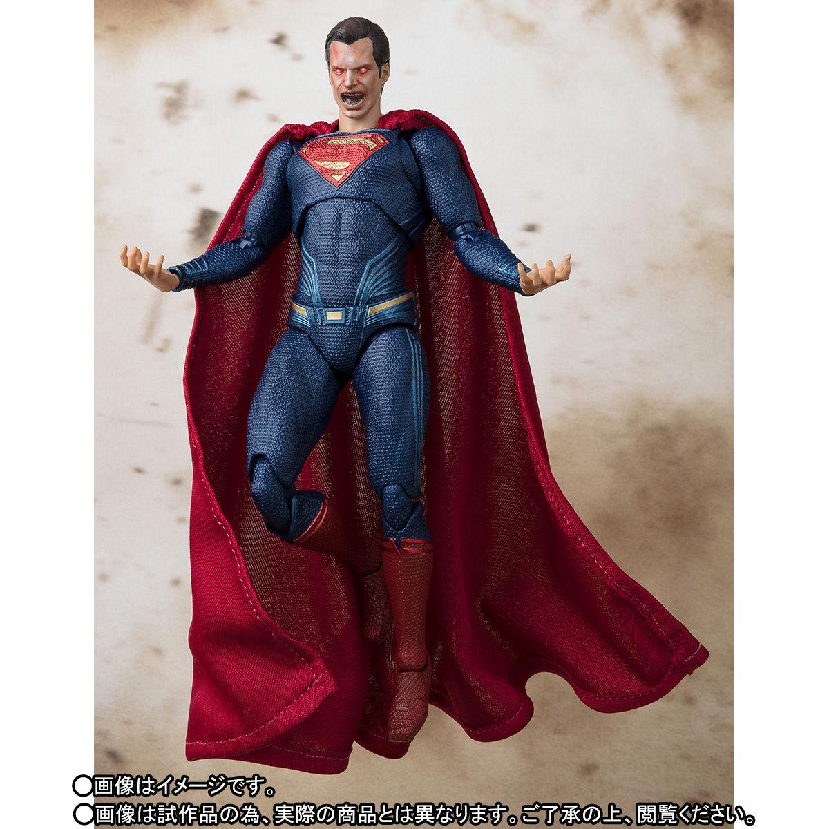 SH-Figuarts-JL-Superman-007