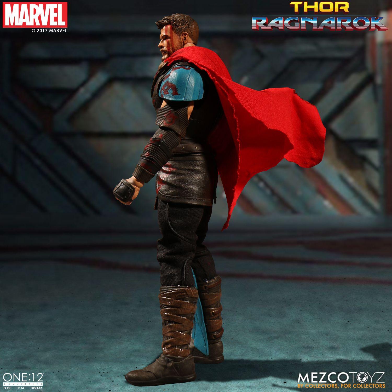 Thor-Ragnarok-Gladiator-Thor-Mezco-005