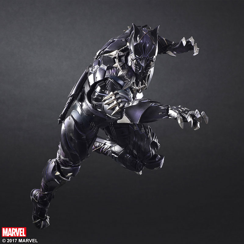 Black-Panther-play-arts-kai-action-figure-4