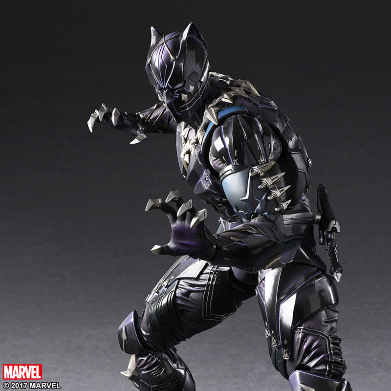 Black-Panther-play-arts-kai-action-figure-6