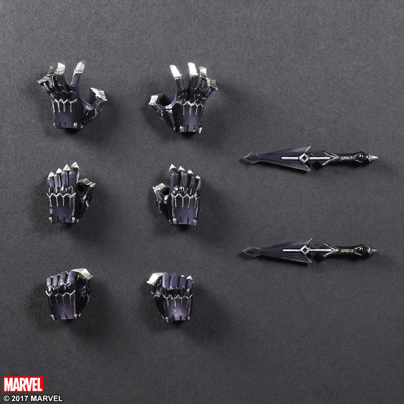 Black-Panther-play-arts-kai-action-figure-9