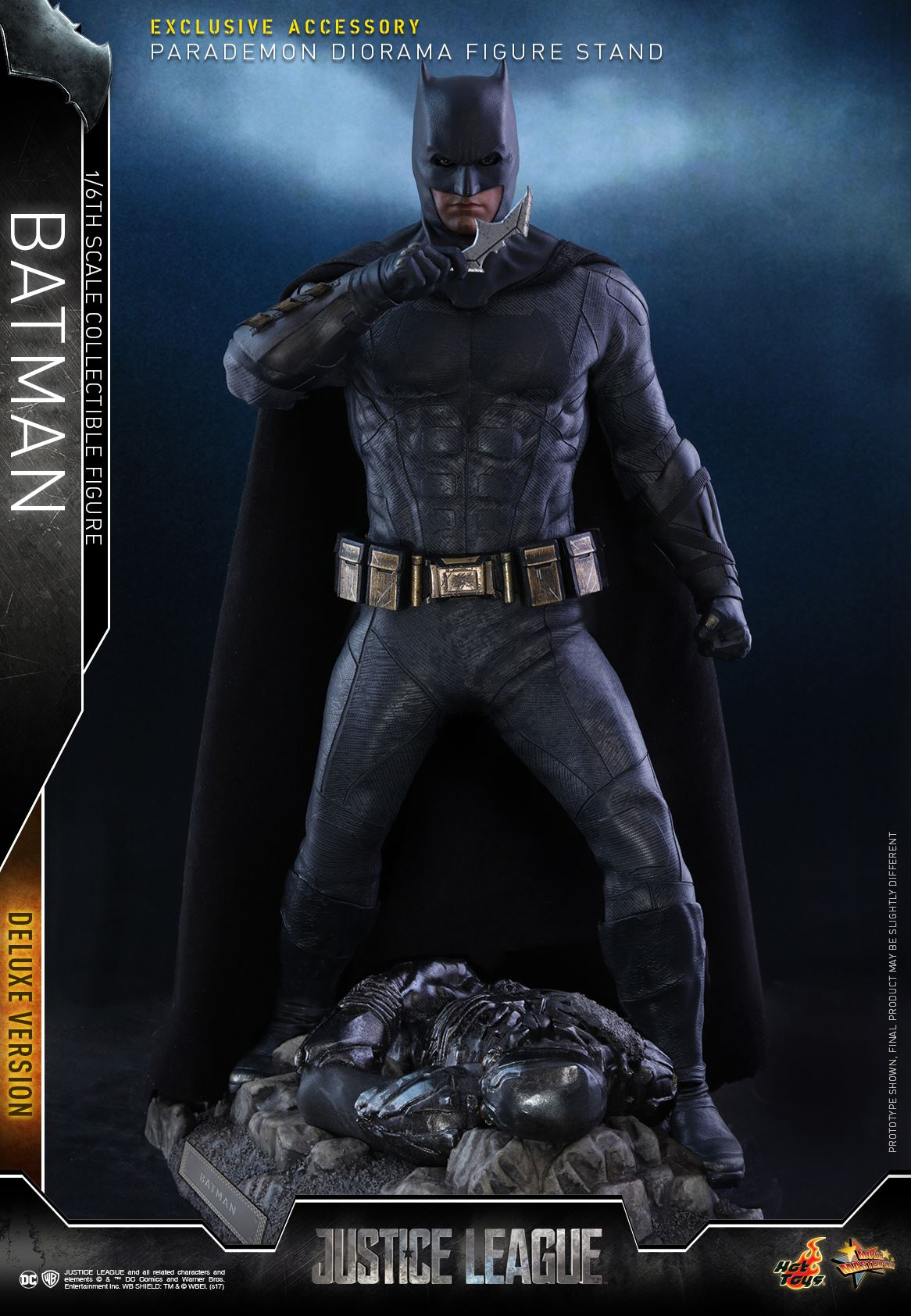 Hot-Toys-Deluxe-Batman-Justice-League-001