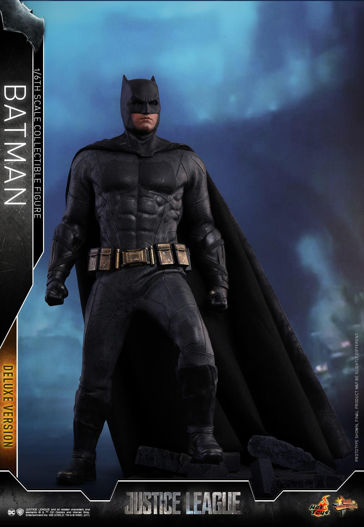 Hot-Toys-Deluxe-Batman-Justice-League-006