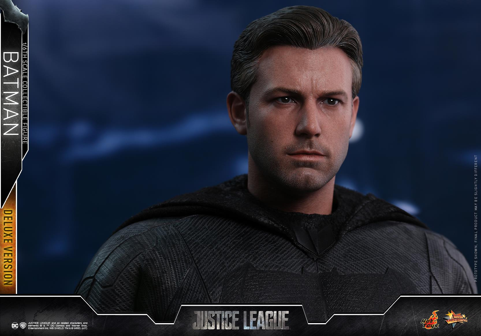 Hot-Toys-Deluxe-Batman-Justice-League-008