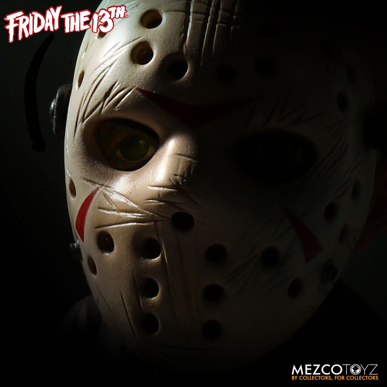 Mezco-Mega-Scale-F13-Jason-007