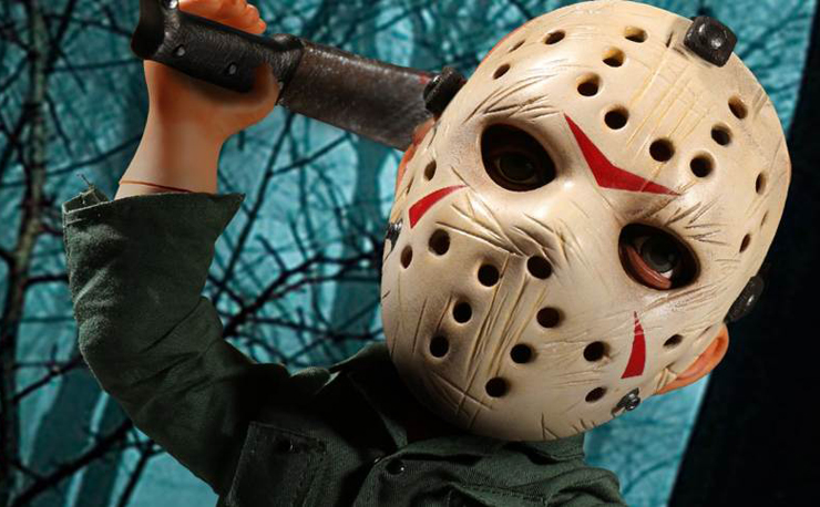 friday-the-13th-jason-mega-figure-mezco-toyz