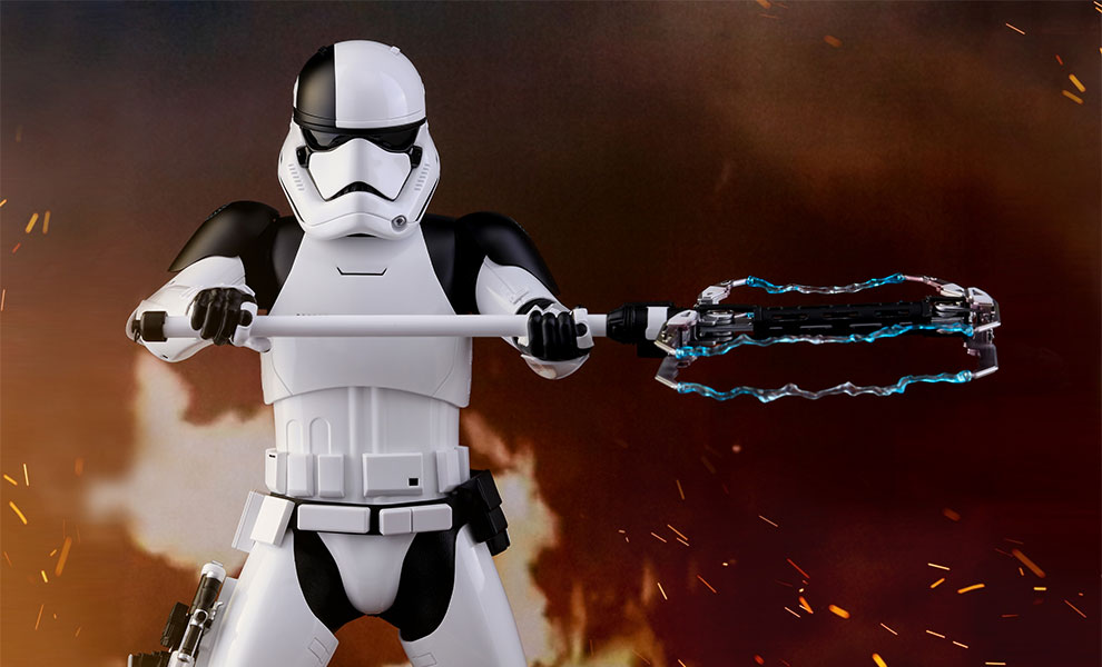 star-wars-executioner-trooper-sixth-scale-figure-hot-toys-feature-903083