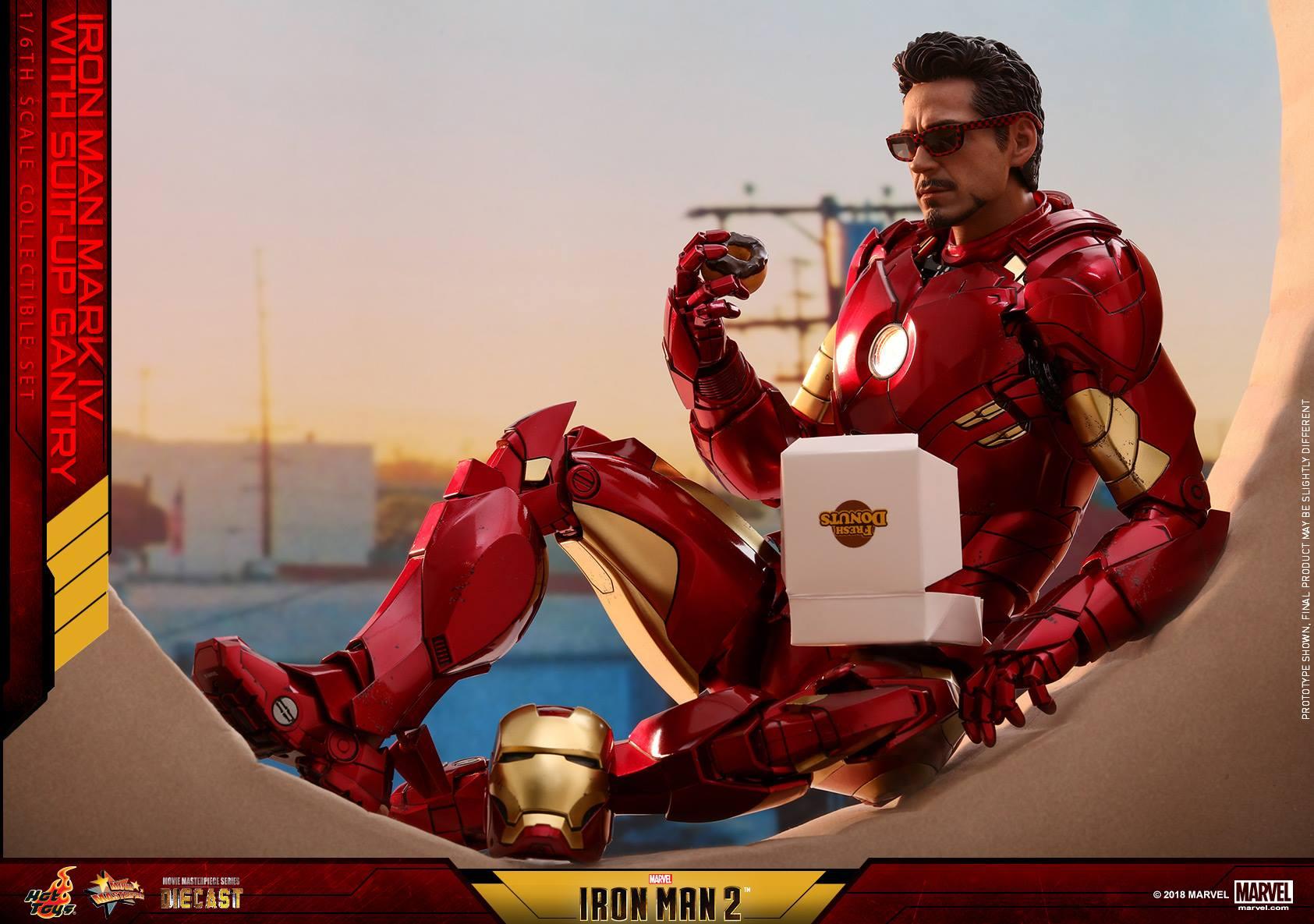 Hot-Toys-Iron-Man-MKIV-with-Gantry-017