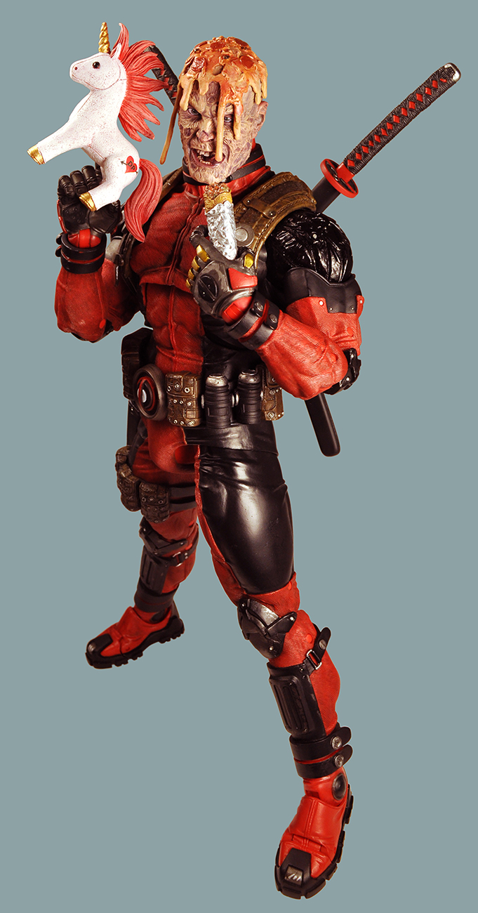 NECA-Ultimate-Deadpool-003