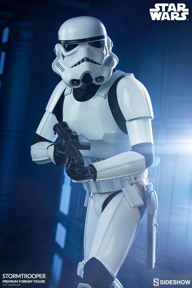 star-wars-stromtrooper-premium-format-figure-sideshow-300526-01