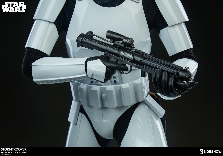 star-wars-stormtrooper-premium-format-figure-sideshow-300526-15
