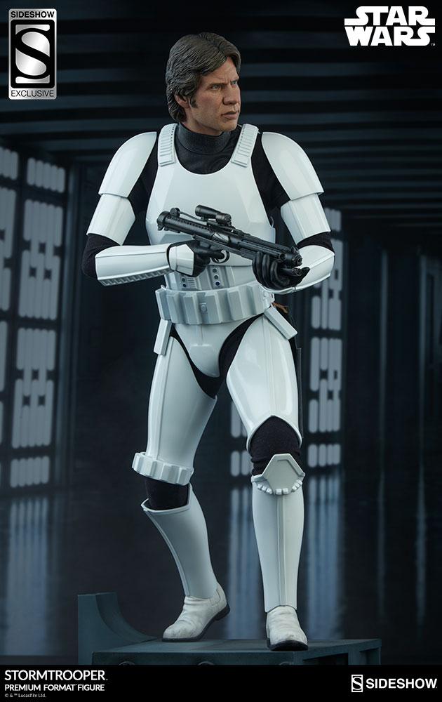 star-wars-stormtrooper-premium-format-figure-sideshow-3005261-03