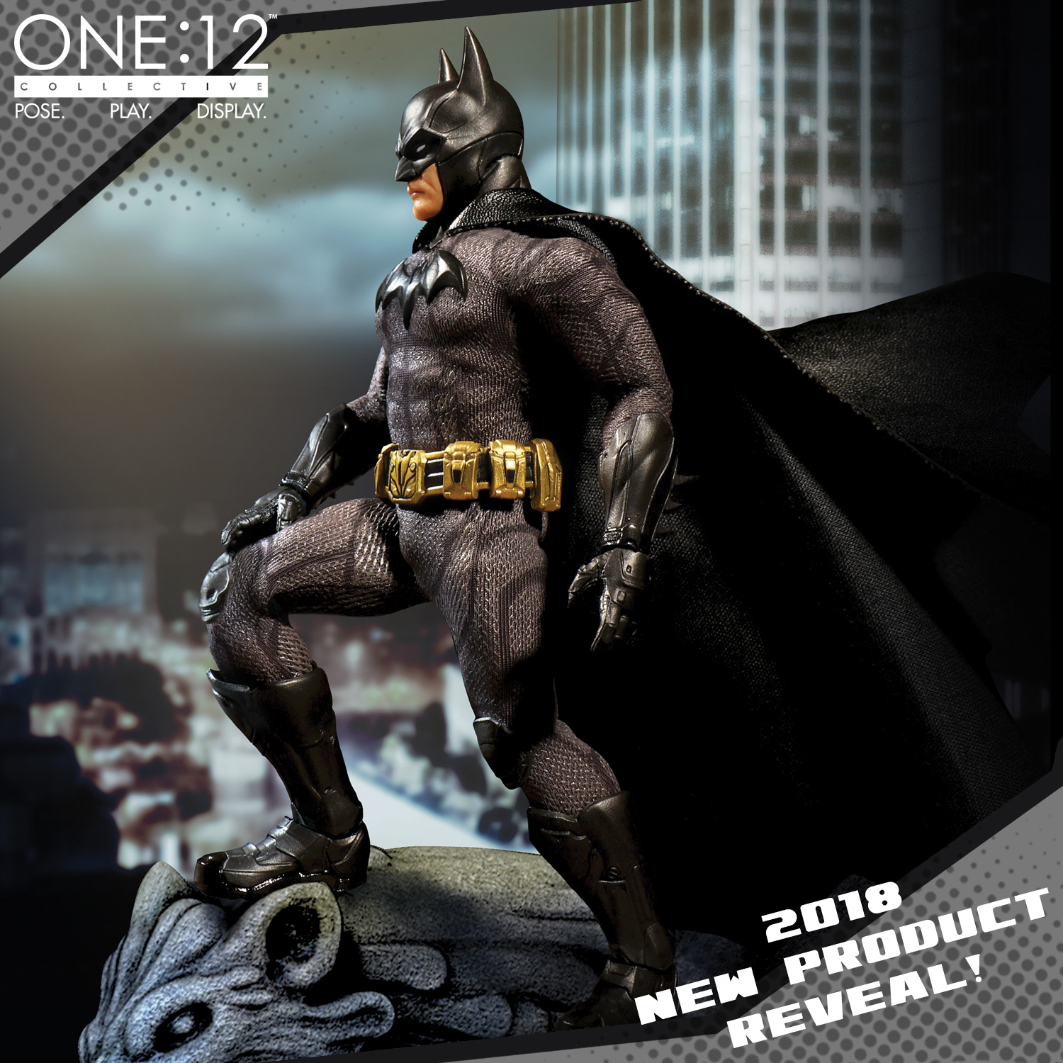Mezco-Sovereign-Knight-Batman-Preview