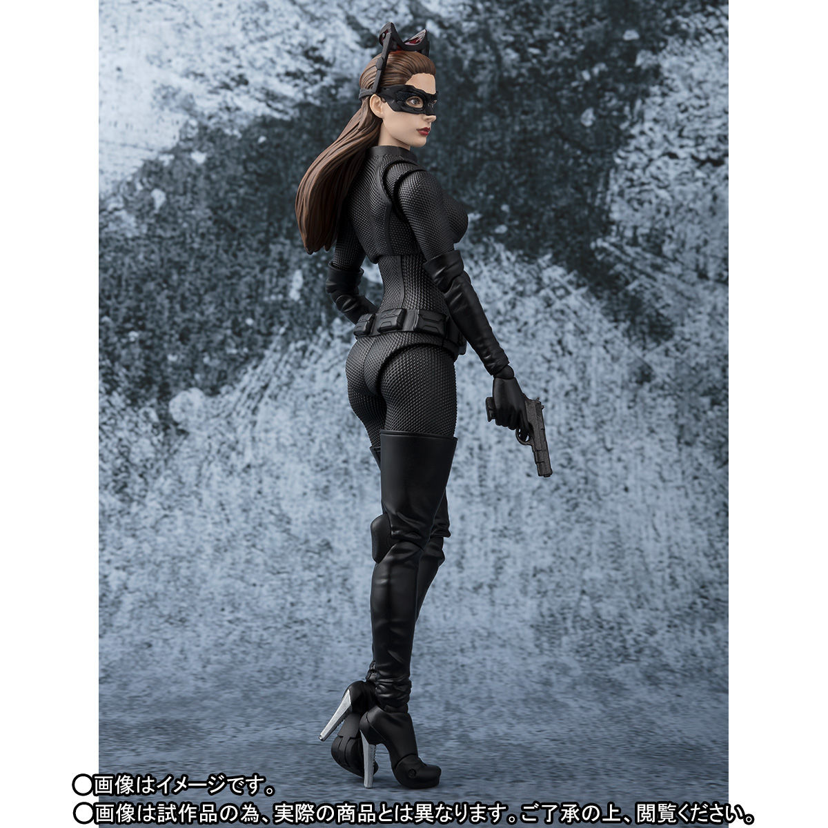 SH-Figuarts-Catwoman-004