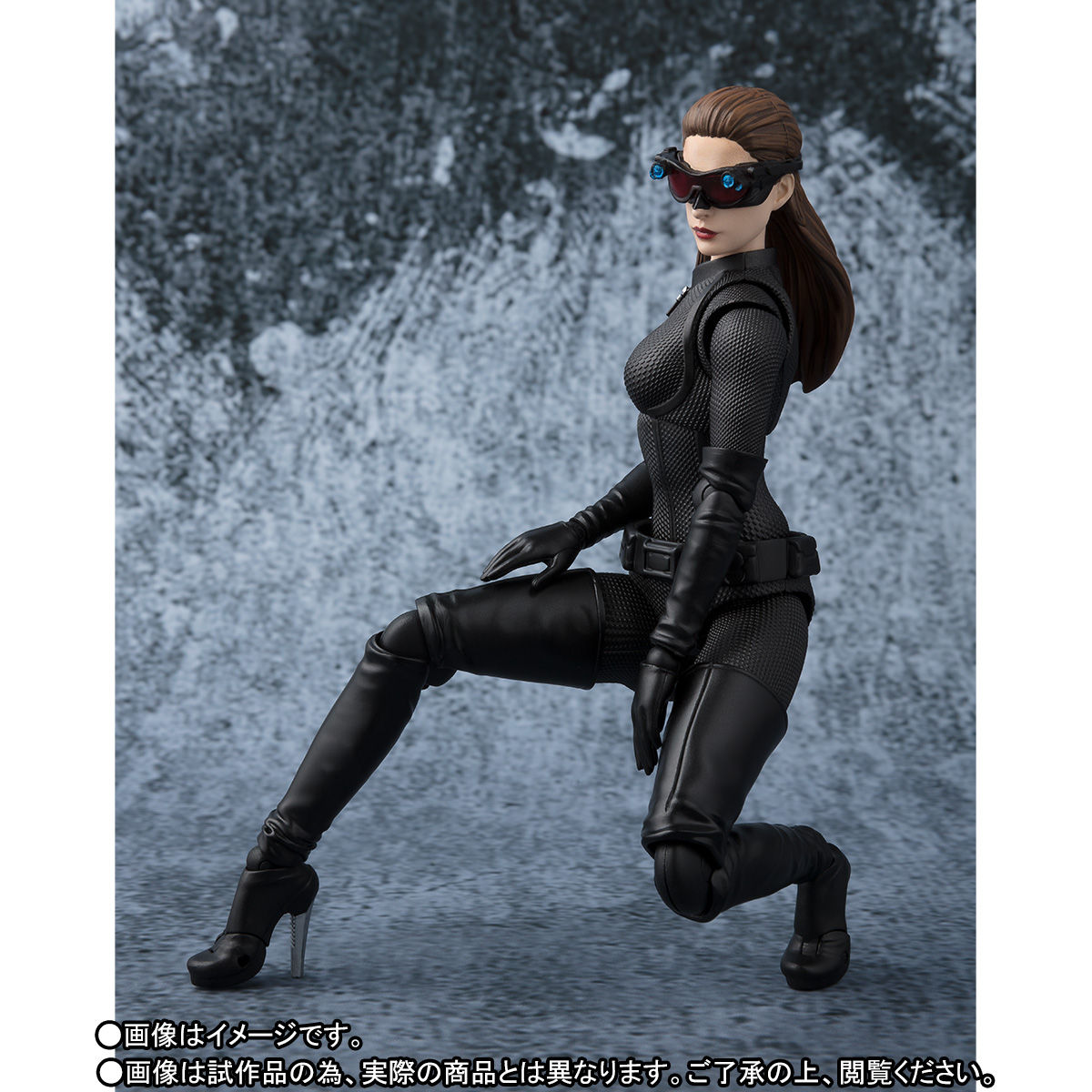 SH-Figuarts-Catwoman-005
