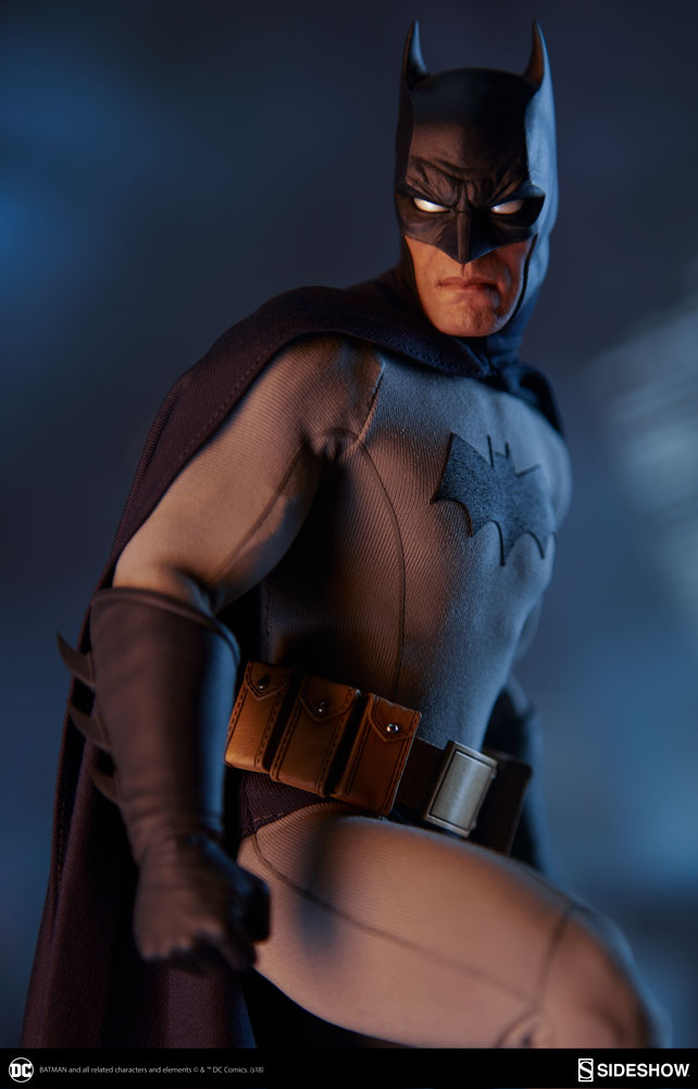 dc-comics-batman-sixth-scale-figure-sideshow-100425-03