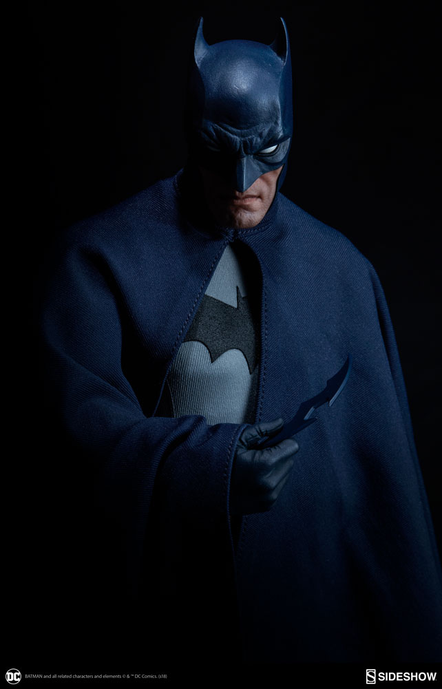 dc-comics-batman-sixth-scale-figure-sideshow-100425-17