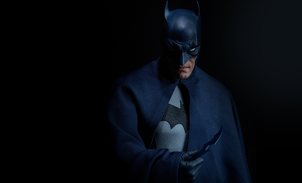 dc-comics-batman-sixth-scale-figure-sideshow-feature-100425-1
