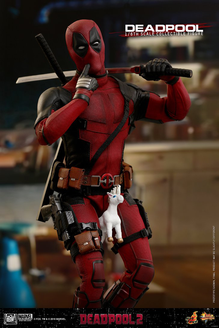 deadpool-2-hot-toys-figure