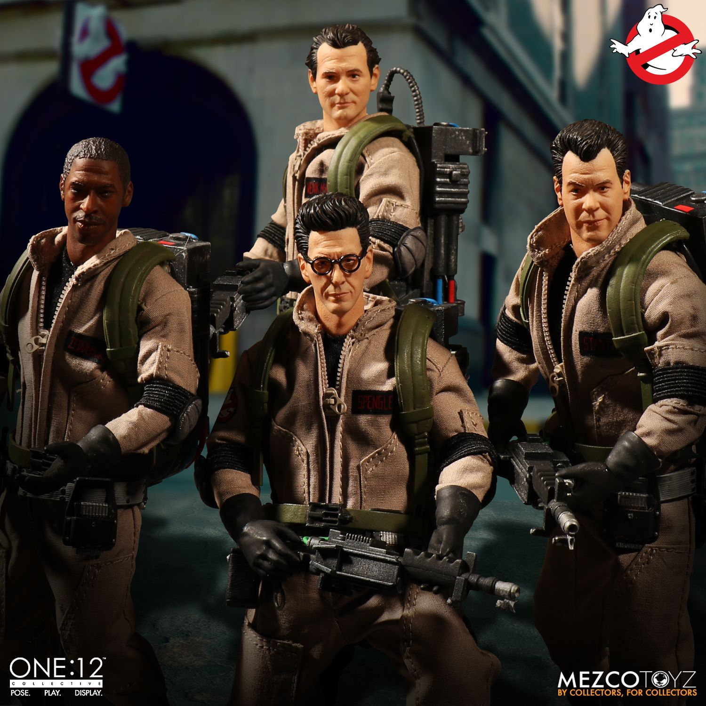 Mezco-Ghostbusters-Set-001