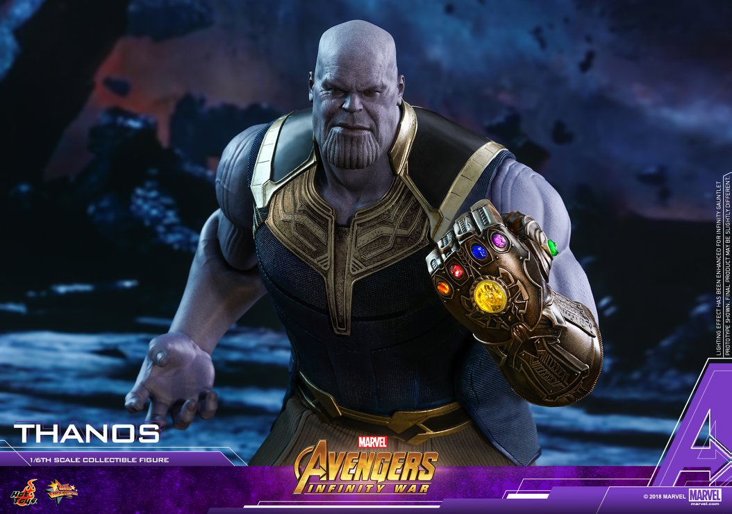 Thanos Hot Toys Avengers Figure