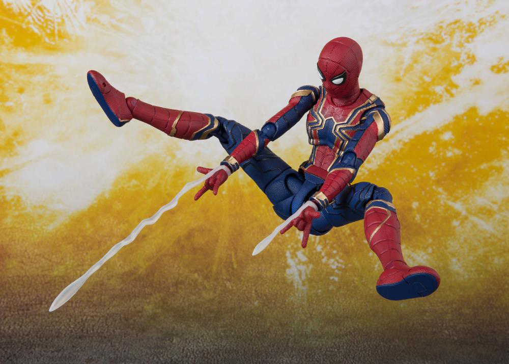 iron-spider-sh-figuarts-action-figure-4