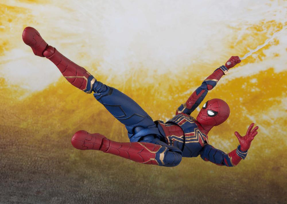 iron-spider-sh-figuarts-action-figure-6