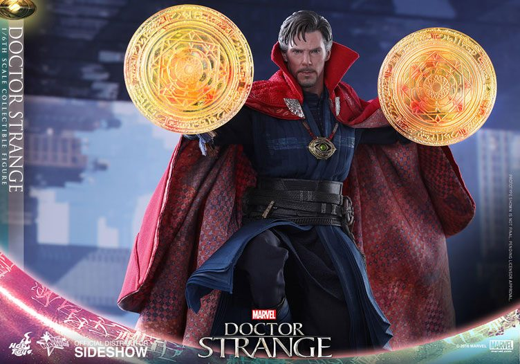 hot-toys-doctor-strange-sixth-scale-figure-1