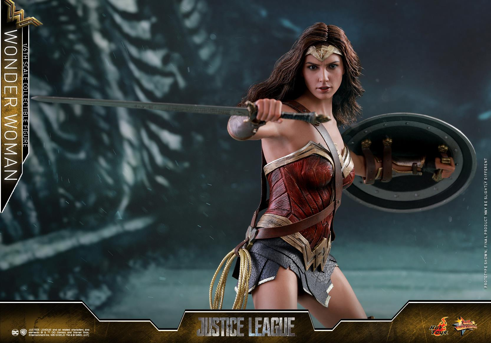 Hot Toys Justice League Wonder Woman Sixth Scale Figures
