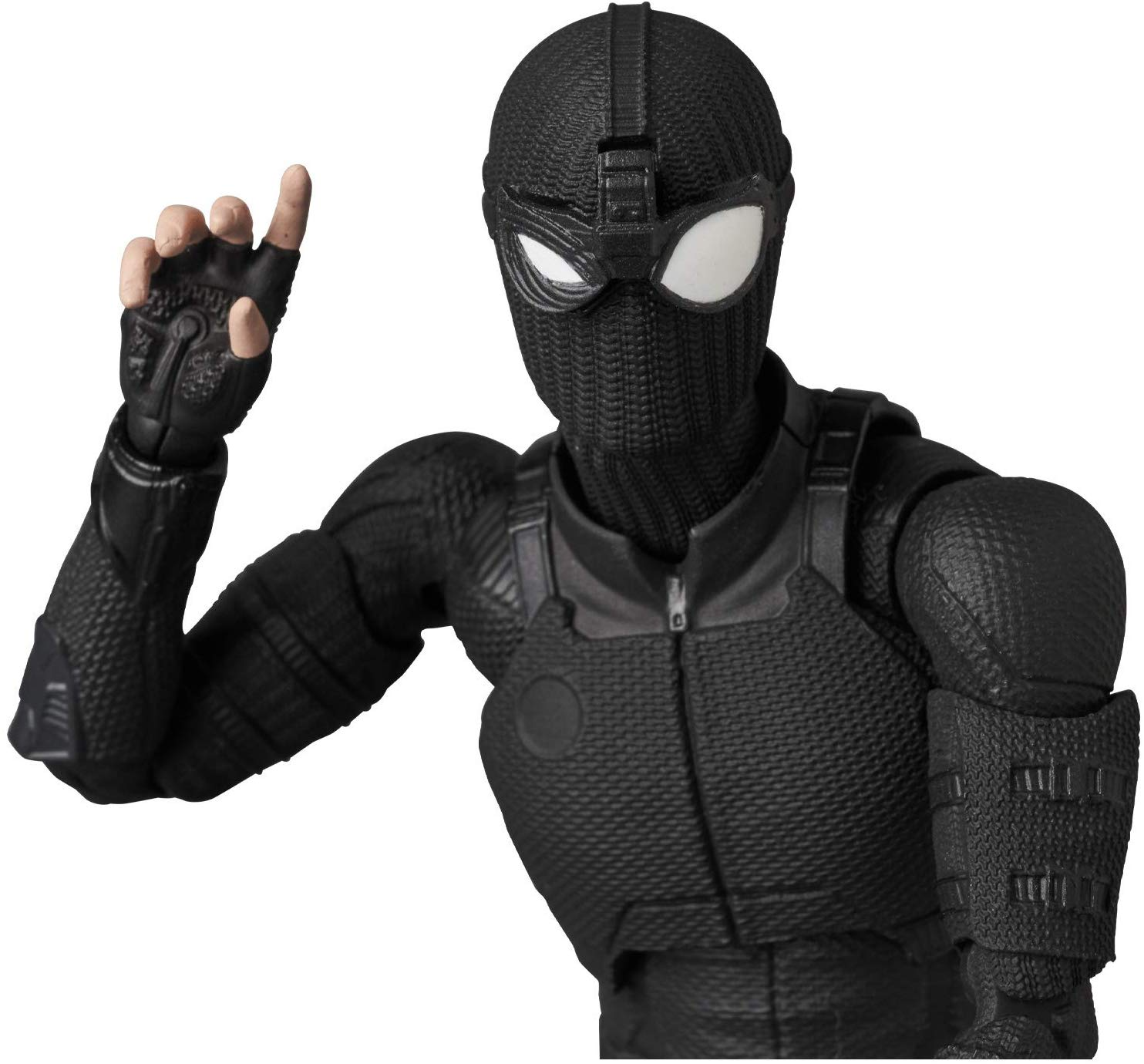 MAFEX-Stealth-Suit-Spider-Man-006