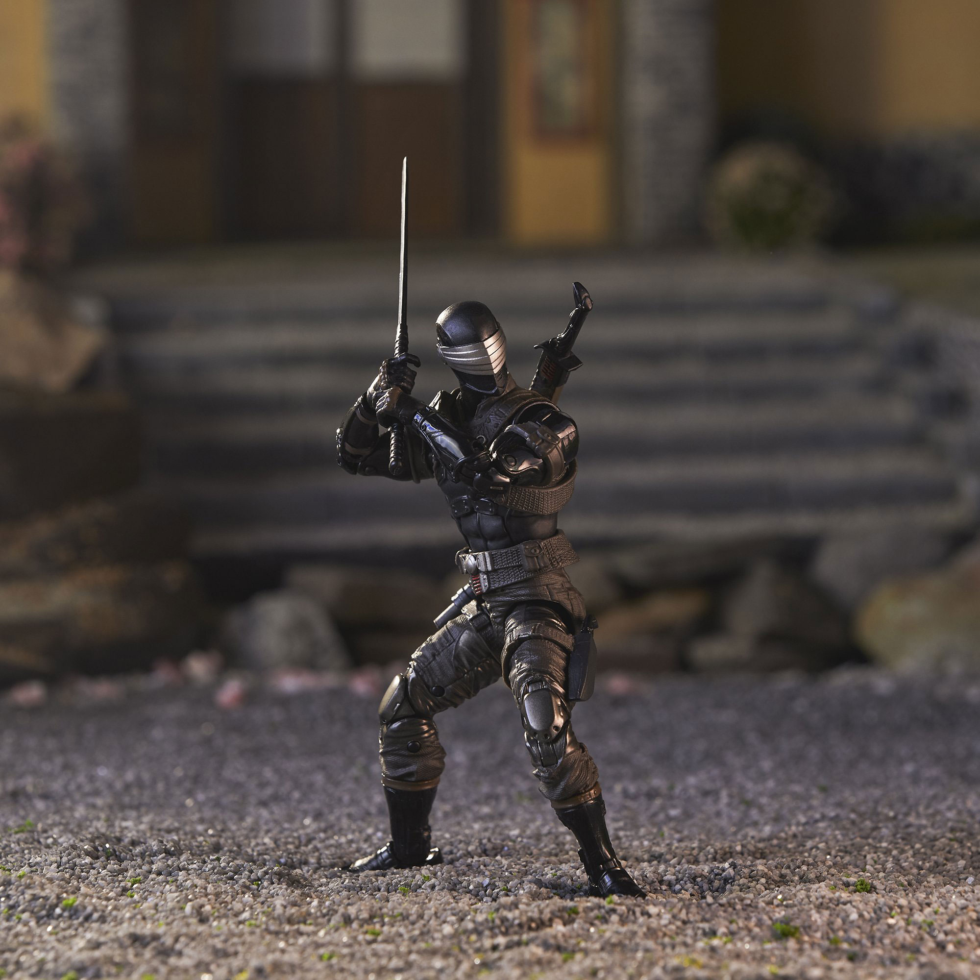 gi-joe-classified-snake-eyes-deluxe-figure-1