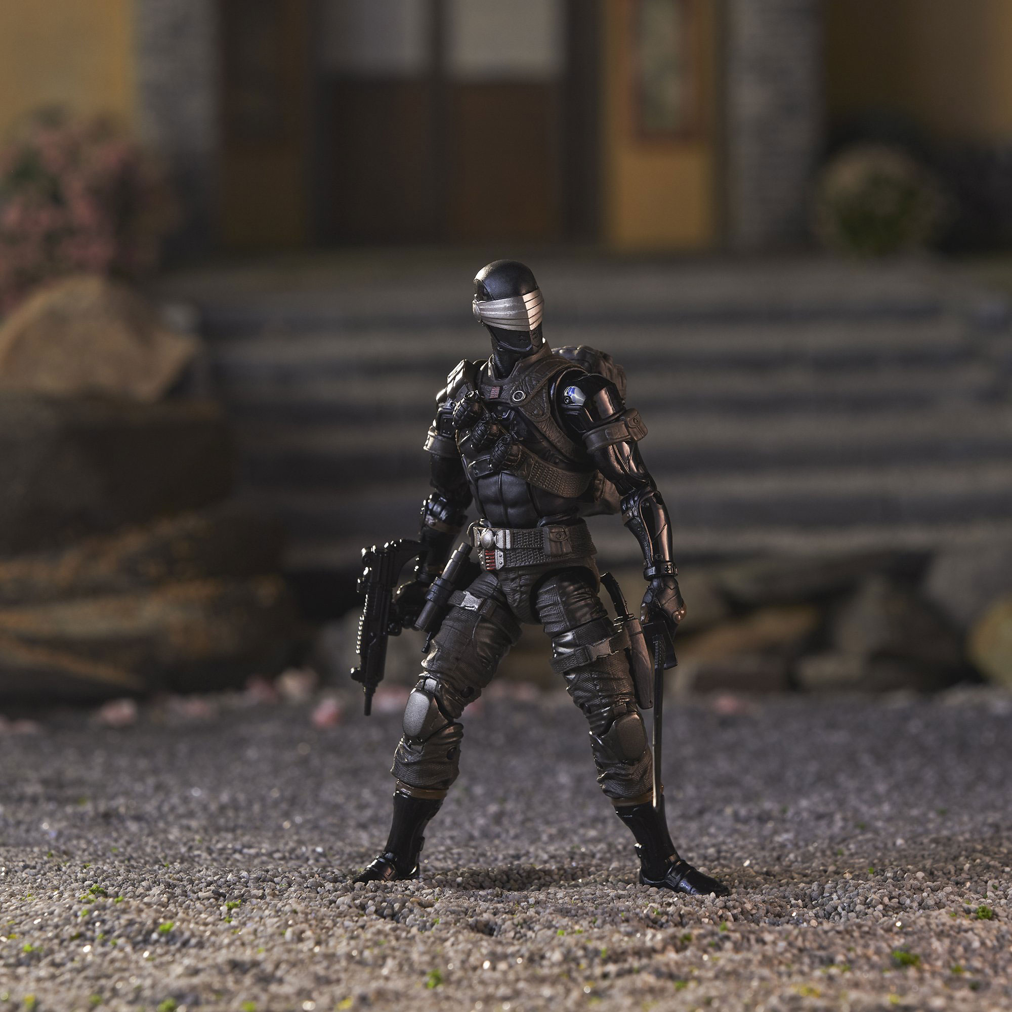 gi-joe-classified-snake-eyes-deluxe-figure-3