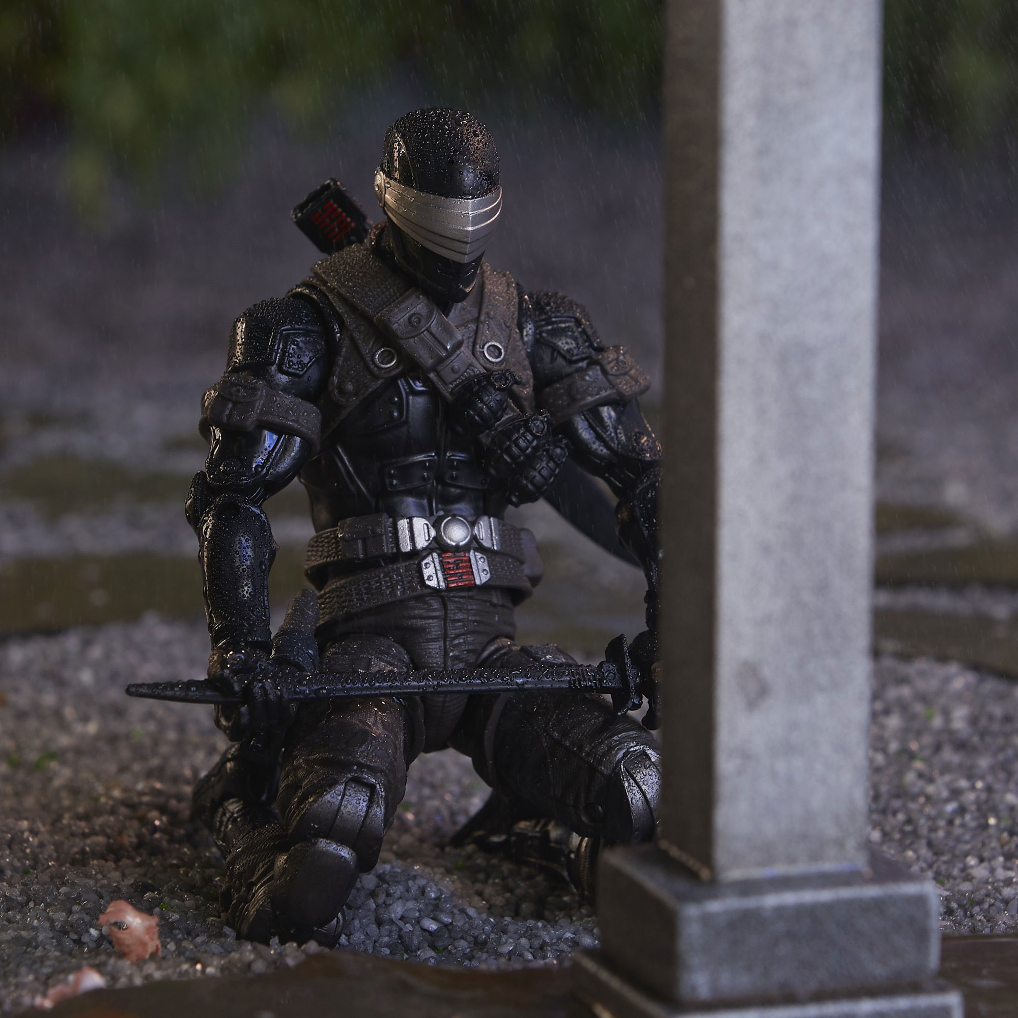 gi-joe-classified-snake-eyes-deluxe-figure-4