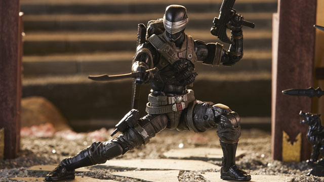 snake-eyes-gi-joe-classified-deluxe-6-inch-figure