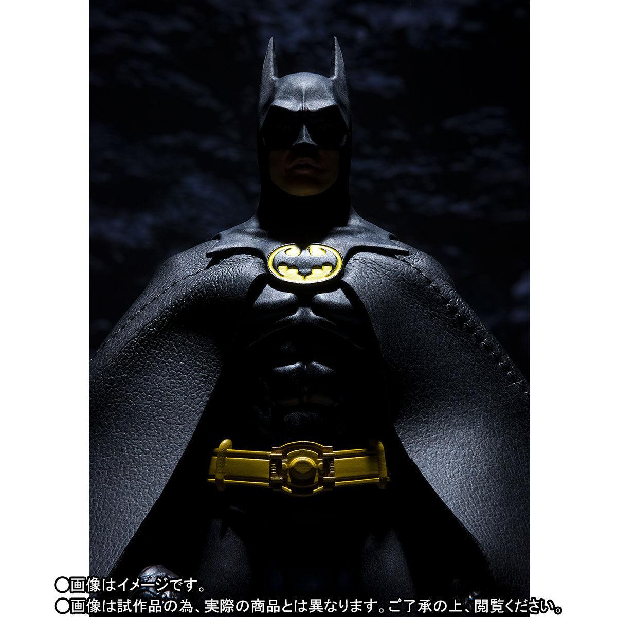SH-Figuarts-1989-Batman-010