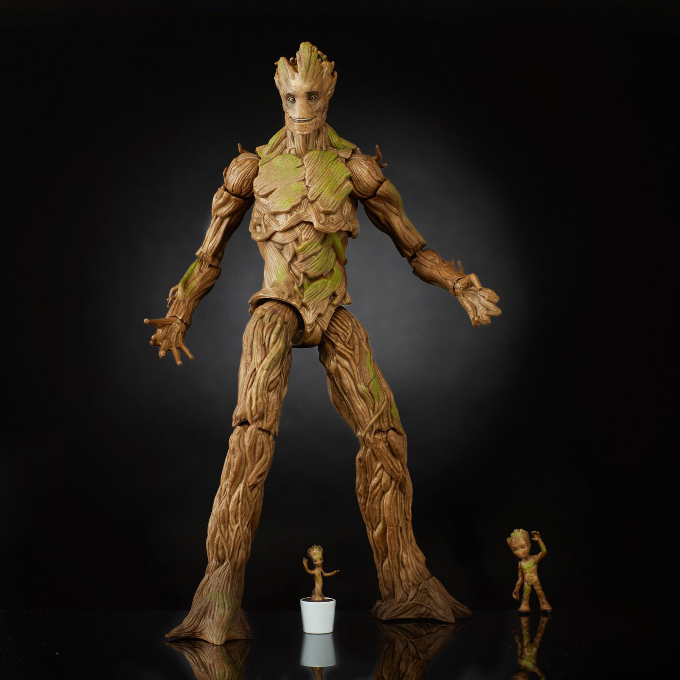 marvel-legends-groot-evolution-action-figure-set-1