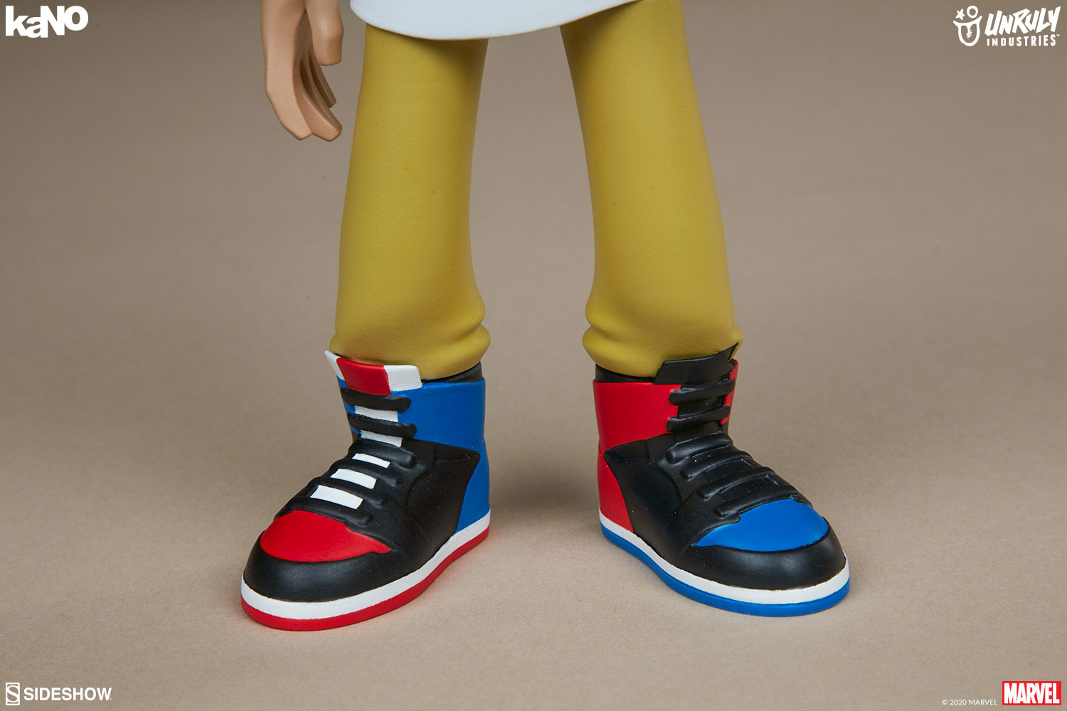 unruly-industries-kano-marvel-spider-man-toy-figure-in-sneakers-4