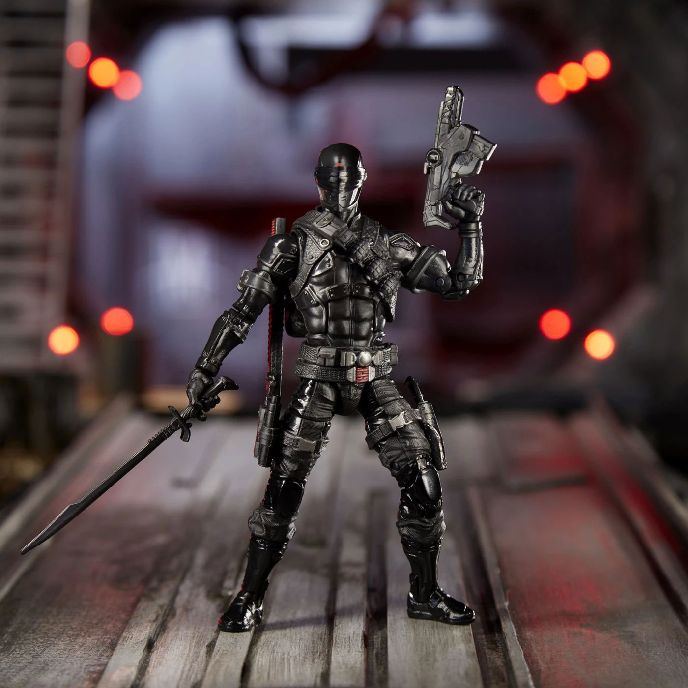 gi-joe-classified-snake-eyes-retail-version-action-figure-2