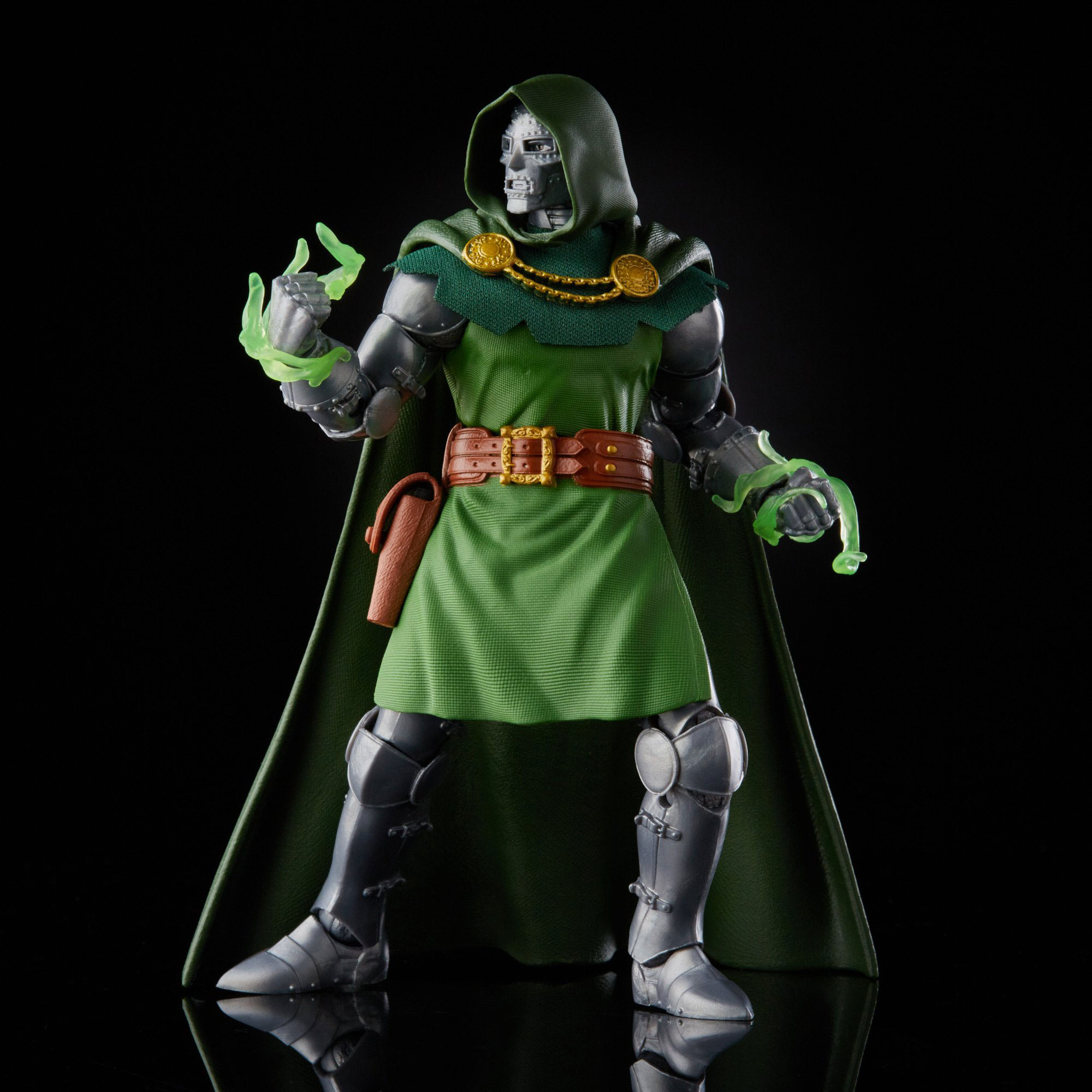 marvel-legends-doctor-doom-retro-action-figure-3